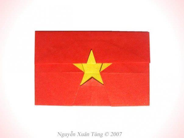 Quốc kỳ Việt Nam - Nguyễn Xuân Tùng