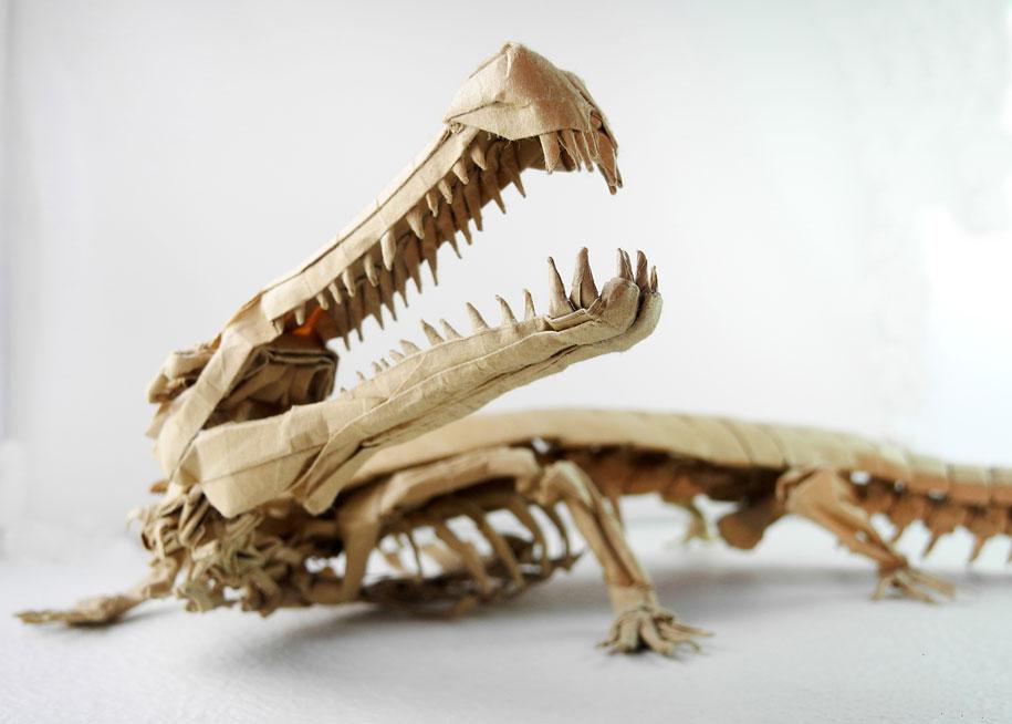 Xương khủng long - Sáng tác & Gấp: Trần Trung Hiếu